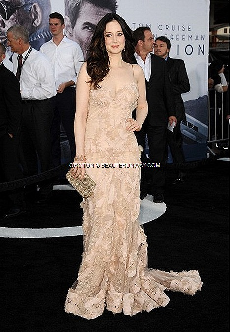 ANDREA RISEBOROUGH OBLIVION TOM CRUISE PREMIERE WITH OROTON OPERA CLUTCH LOS ANGELES RED CARPET Mini Hobo Old Gold  leather bag,  Clutch, wallets and accessories Spring Summer 2013 collection