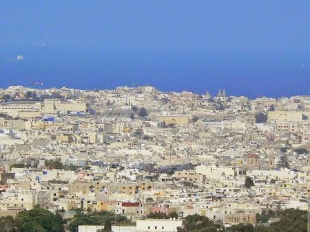 11. Panorama Malta.JPG