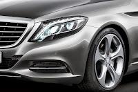 2014-Mercedes-S-Class-24.jpg