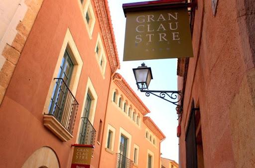 1_Hotel_Gran_Claustre.jpg