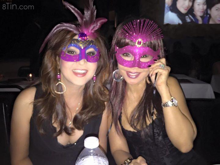 Hi everyone ✌️✌ Đêm qua Lưu Bích đi dự masquerade birthday party