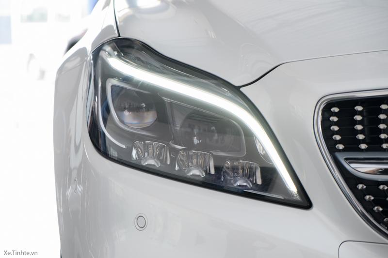 Xe Mercedes Benz CLS500 New Model màu trắng 07