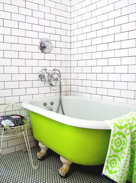 Lime-bathtub