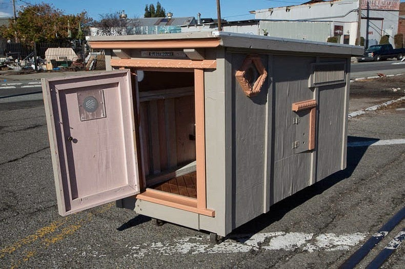 gregory-kloehn-dumpster-homes9