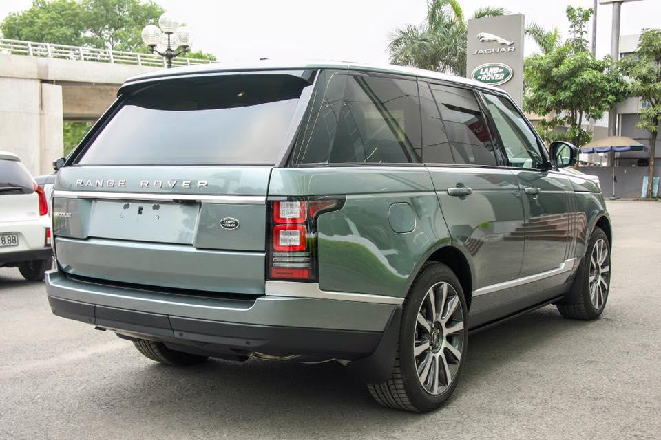 Xe Range Rover Vogue 04