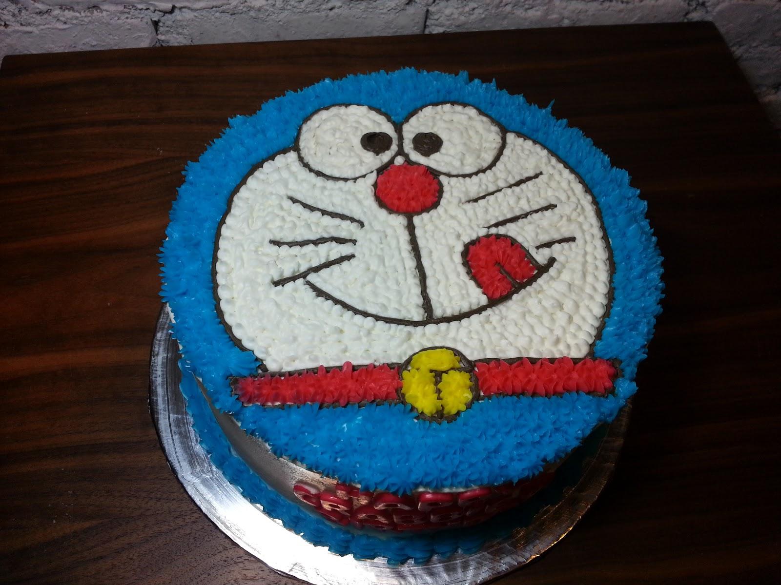 spatula and friends Doraemon cake