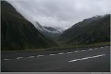 wolkenbedeckte Berge am Ofenpass
