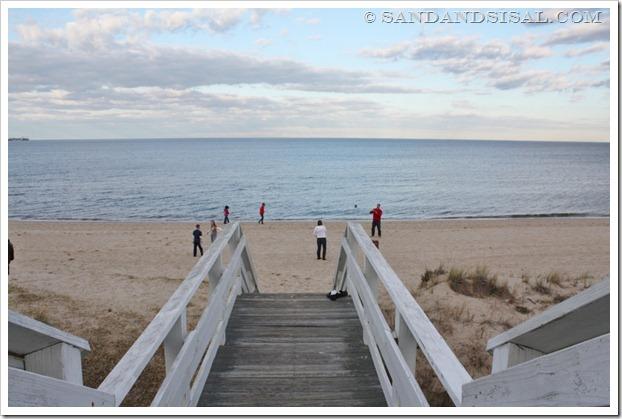beach play (1024x671)