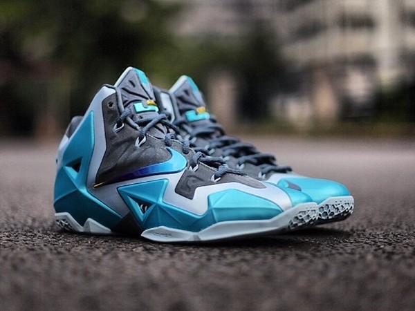 Newest Nike Lebron XI Low Blue Green White
