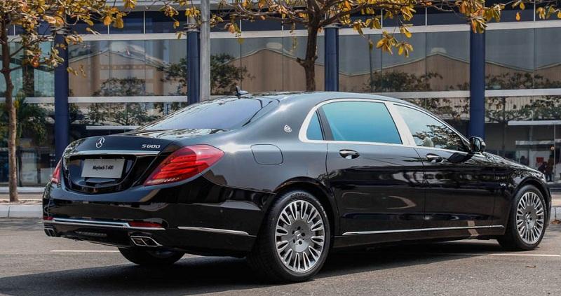 Xe Mercedes Benz S600 MAYBACH màu đen 08