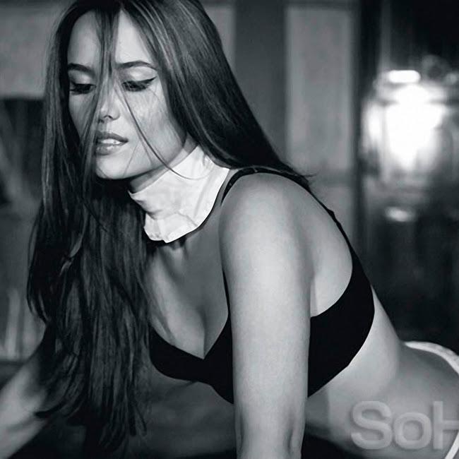 Ana Lucia Dominguez Desnuda SoHo Foto 22