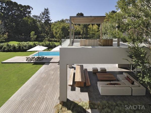 Casa-minimalista-arquitectura-SAOTA