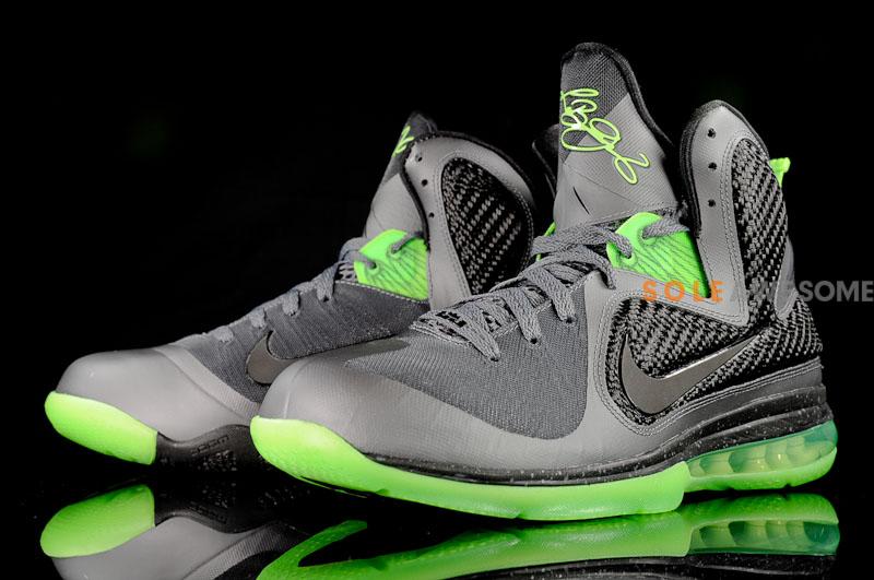 01bd3b650e9 469764-006 Dark Grey Black-Volt. Finally a Decent Batch of Pics Featuring Nike  LeBron 9 8220Dunkman8221 Finally a Decent Batch of Pics Featuring Nike  LeBron ...