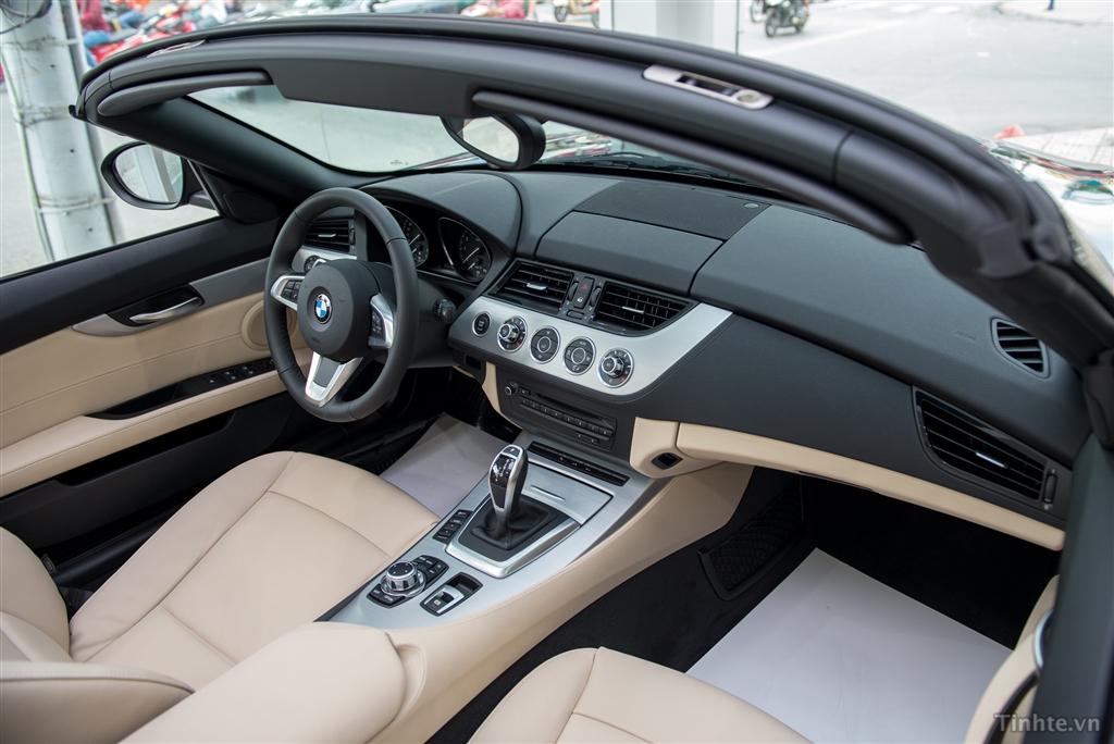 Xe BMW Z4 20i sDrive 015