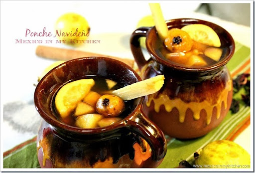 Mexican Christmas Punch / Ponche Navideño Mexicano - Mexico In My ...