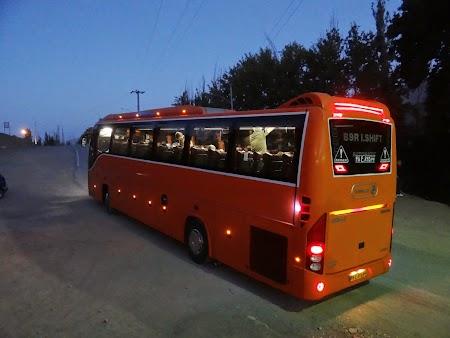 25. Autocar in Iran.JPG