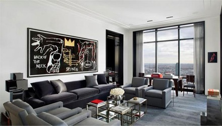 sillon-gris-decoracion-interior-penthouse-de-lujo-Trump-World-Tower
