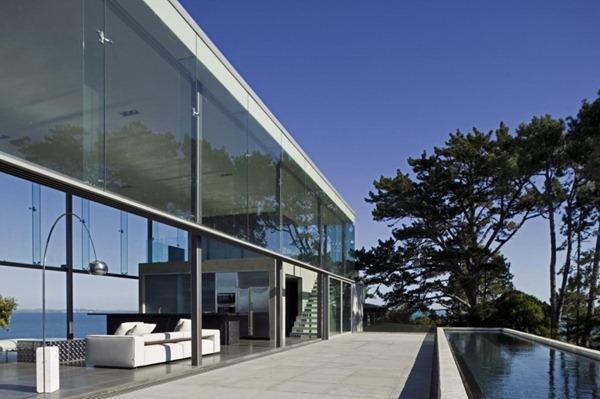 Casa-moderna-muros-de-cristal