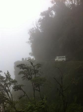 Calator cu tricolor: Drumul Mortii, Bolivia