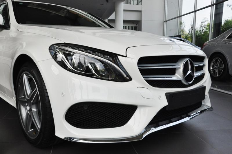 Xe Mercedes Benz C300 AMG New Model 03