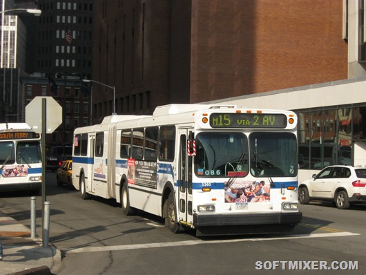 MTA_New_York_City_Bus_New_Flyer_D60HF_5360