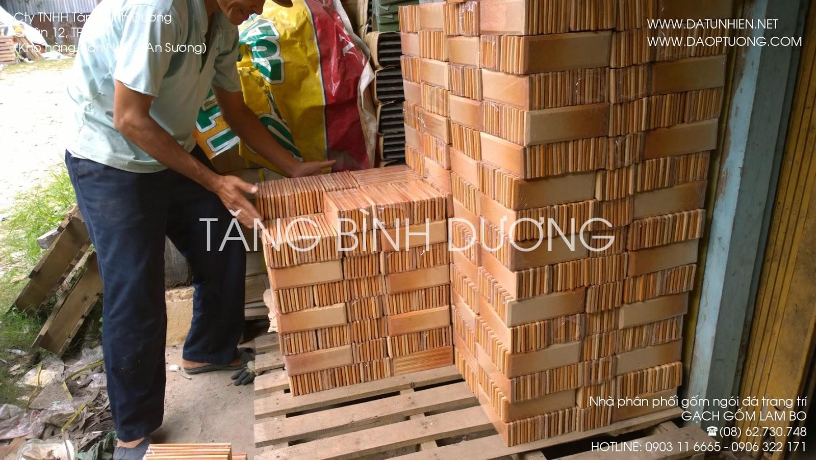 Chất hàng gạch gốm trang trí lam bo