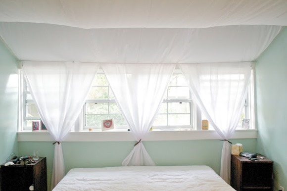 diy canopy on the ceiling