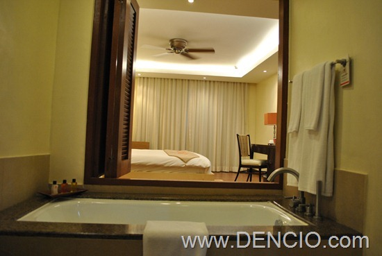 Crimson Resort and Spa Mactan Cebu Rooms 157