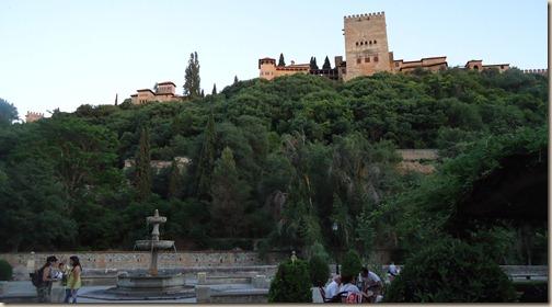 La Alhambra desde el Paseo de los tristes (2)