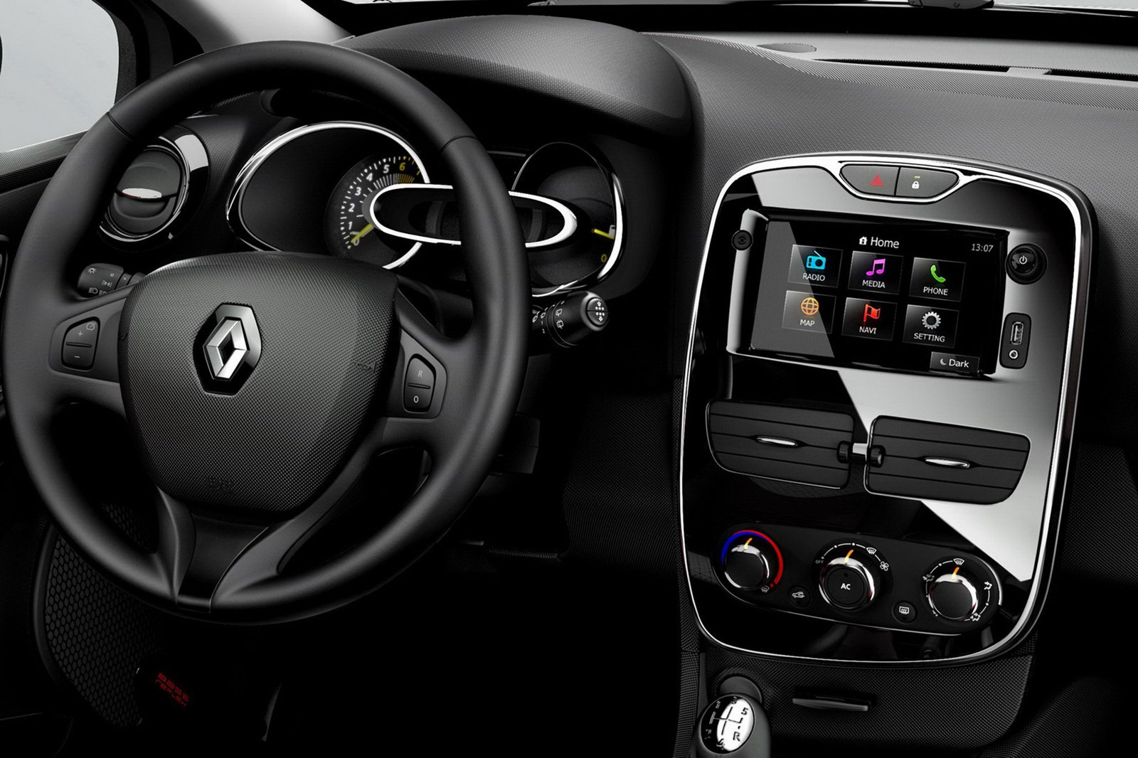 2013-Renault-Clio-Mk4-50%25255B2%25255D.jpg