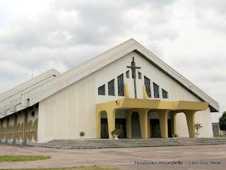 Cathédrale du Centenaire Protestant, à Kinshasa. 2010.