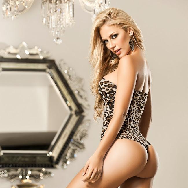 Lina Posada Sexy Fotos Catalogo Besame 2012 Foto 35