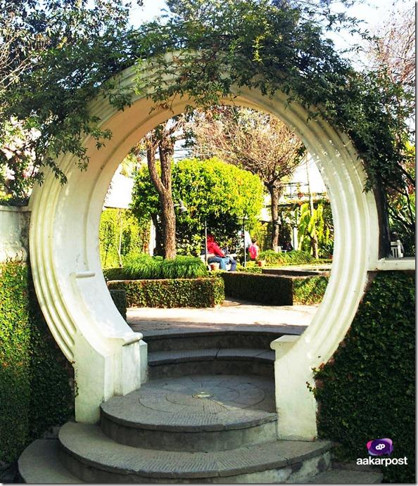 gate-inside-garden-of-dreams