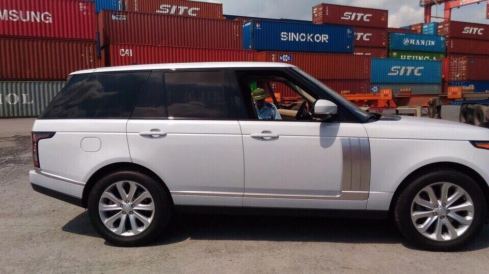 Xe Range Rover HSE Màu Trắng 05