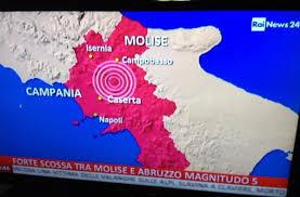 Paura in Campania, terremoto con magnitudo 5: gente in strada anche a Napoli