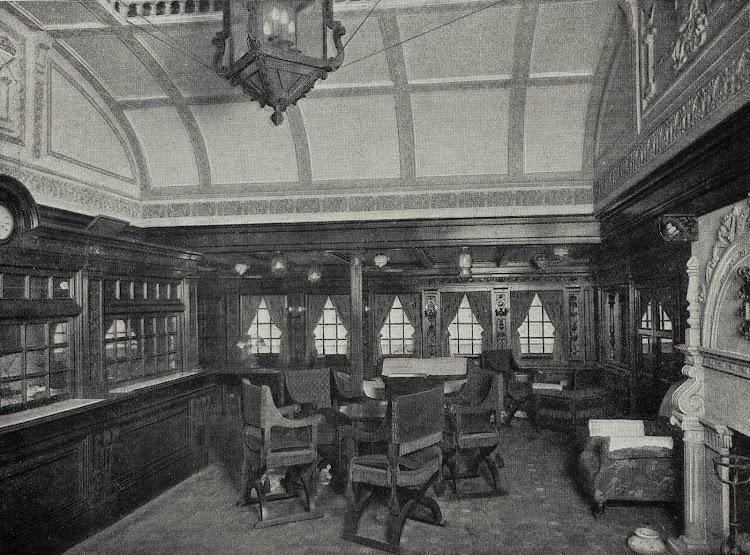 El ALFONSO XIII. Salón Fumador. . Foto del LIBRO DE INFORMACIÓN PARA EL PASAJERO. COMPAÑÍA TRASATLANTICA DE BARCELONA. AÑO 1928.jpg