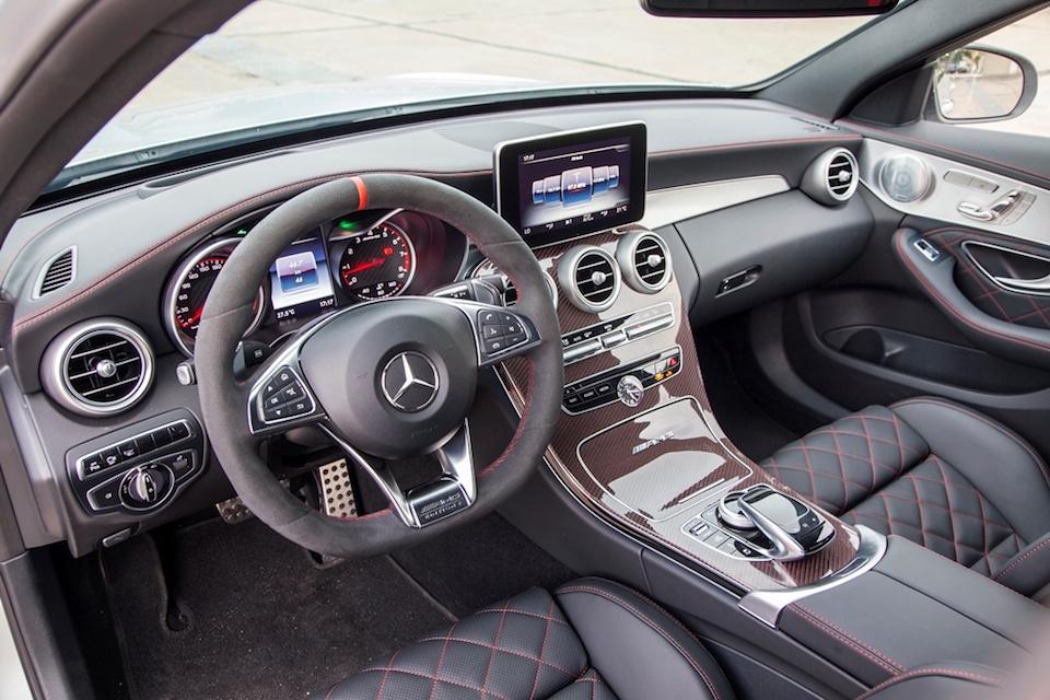 Xe Mercedes Benz C63 S AMG 04
