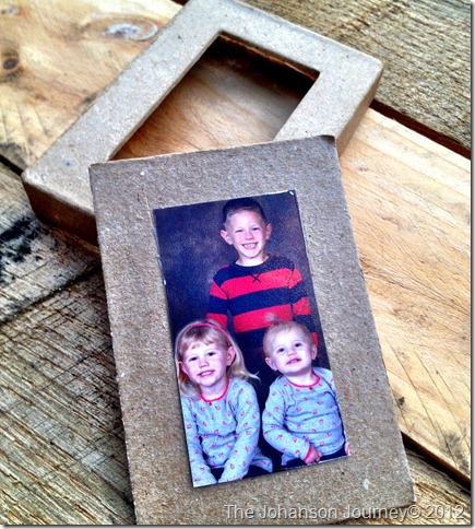 The Johanson Journey Family Frame Ornament-pic-frame