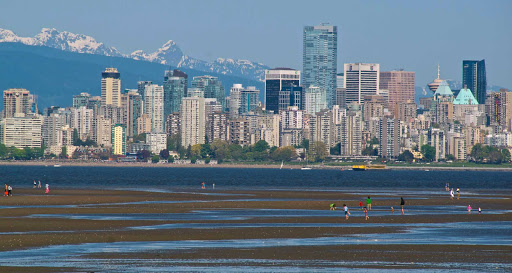 low-tide-view-of-skyline-Vancouver-British-Columbia - The view of the Vancouver skyline from Kitsilano at low tide