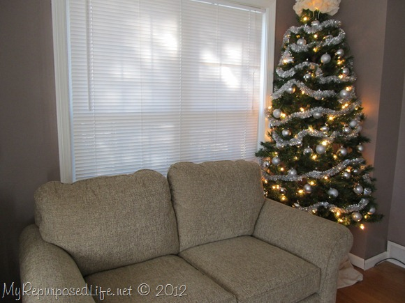 diy corner Christmas tree