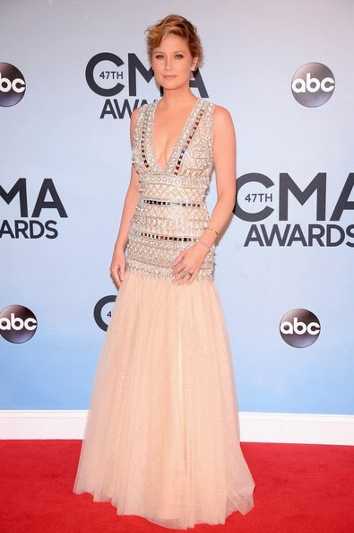 Jennifer Nettles attends the 47th annual CMA Awards