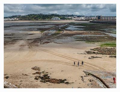 Jersey - Elizabeth Castle - Weg über den Strand