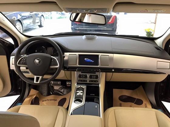 Nội Thất Xe Jaguar XF Premium Luxury 02