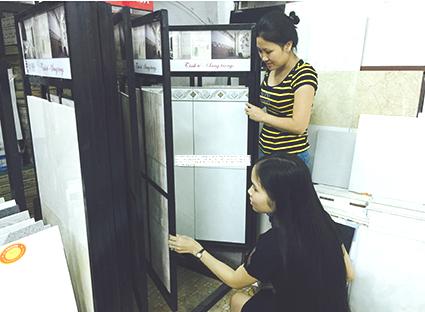 Chọn mua gạch men tại cửa hàng VLXD và trang trí nội thất Thanh Long, TP.Vũng Tàu.