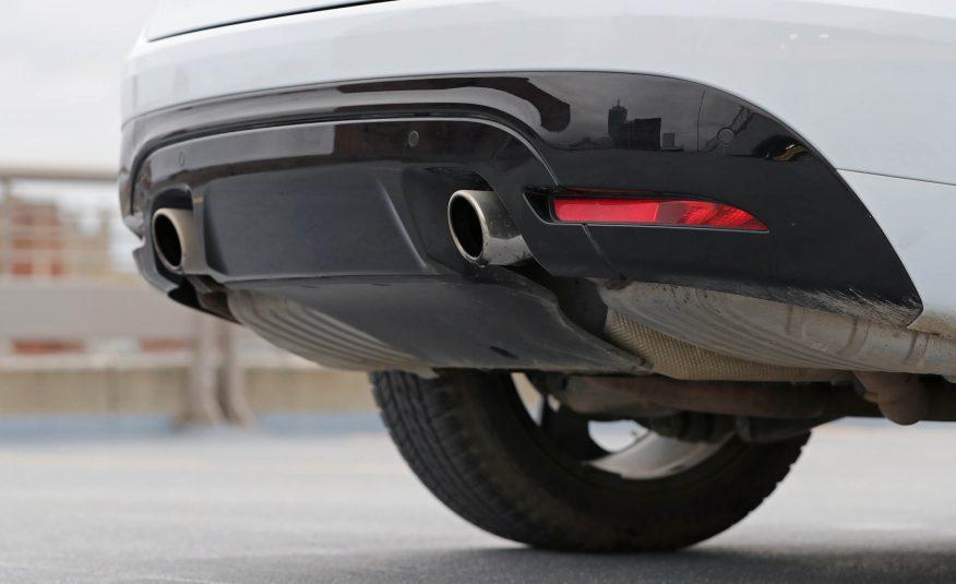 Ngoại thất xe Jaguar F Pace new model 014