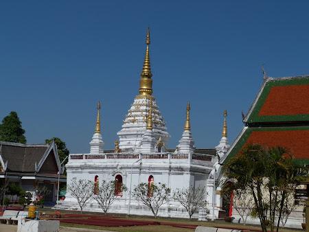 Templu thailandez: Wat Chet Yot Chiang Rai