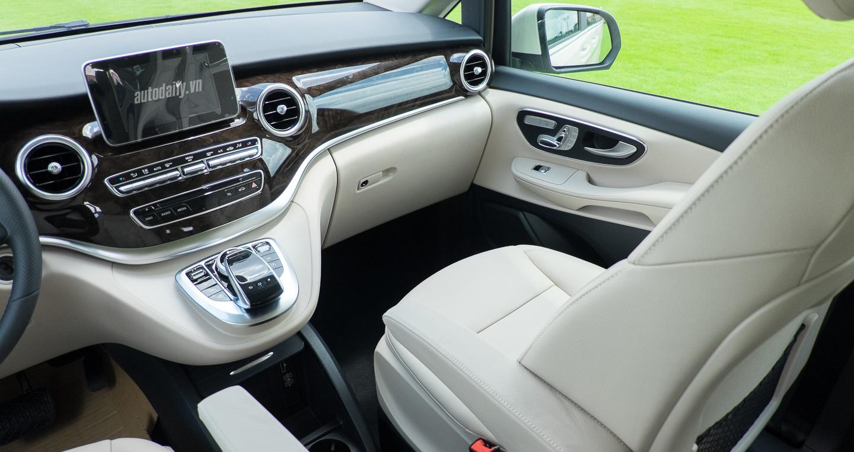 xe Mercedes Benz V250 8 chỗ Máy Xăng 011