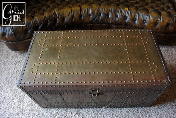 vintage brass trunk5