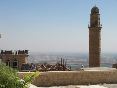 cafenea cu vedere spre Siria