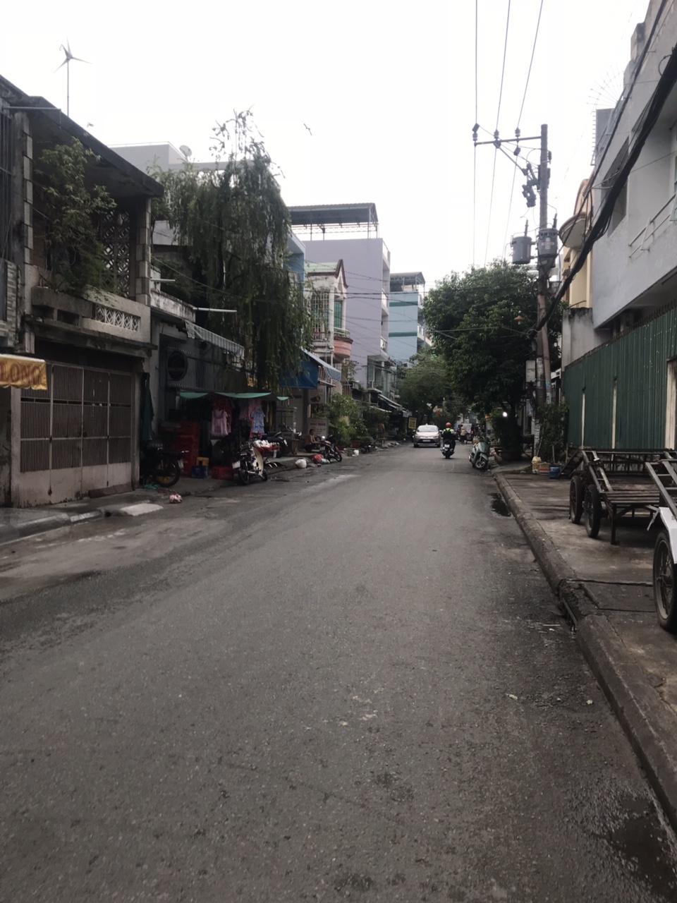 Bán nhà Mặt Tiền Đường Khuông Việt Quận Tân Phú, dt 4m x 21m, 1 trệt 1 lầu, giá 6,9 tỷ.2